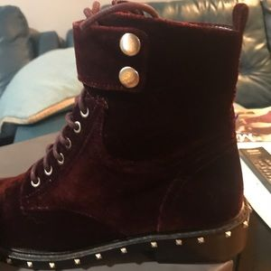 Vince Camuto Shoes - Ladies Vince Camuto ankle boots